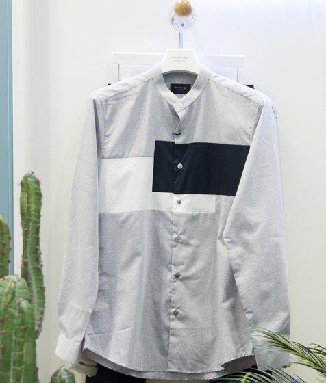 가로변형블럭스탠에리슬림셔츠