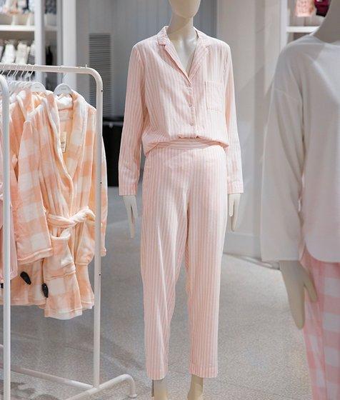 핑크 스트라이프 셔츠