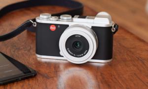 캠핑을 함께했던 Leica CL
