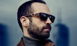 신세계백화점 본점 일상생활에서 선글라스 가볍게 쓱-