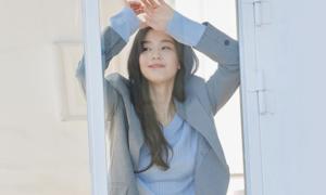 새로운 옷을 만날 시간 10만원 이상 구매시 기프티콘 증정!