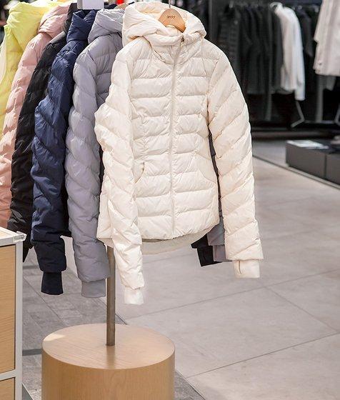 에어플라이 구스다운 재킷 앤티크화이트 (DPOZ-02101)
