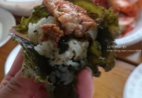 간단하게 만든 주먹밥 황금레시피(집, 바베큐파티에 적합한 상추 주먹밥)