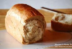 오트밀과 밀기울의 통밀식빵