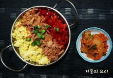 너무 예뻐서 먹기 아까운 버터 장조림밥과 김치볶음