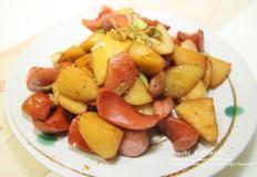 달달 짭쪼름한 감자 후랑크 소세지 볶음