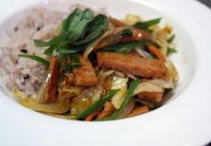 한그릇요리 매운 리챔 덮밥