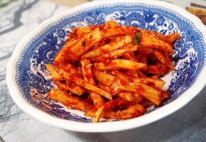 #아삭아삭 매콤한 무생채만들기