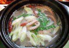 낙지 연포탕....제철 생낙지로 만든 맑은탕 (숙취해소)