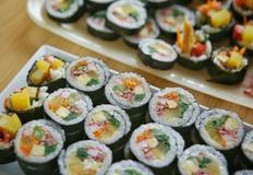 기본에 충실한 김밥만들기