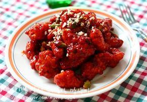 매콤달콤한 닭강정