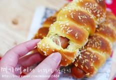 간식이나 식사대용으로 좋은 소세지롤빵