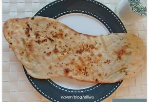 인도빵 갈릭난
