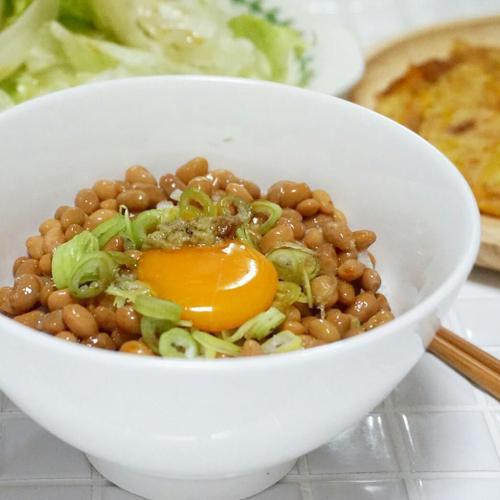 [일본가정식] 다이어트에도 효과적이라는 낫또 맛있게 먹는 법 :: 낫또덮밥