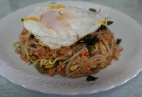 중국풍 달걀부침과 콩나물 볶음밥