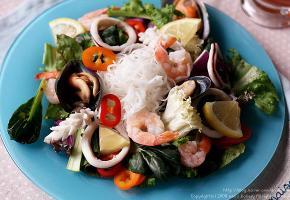 아삭아삭 봄이 오는 소리 타이풍 해산물 쌀국수 샐러드