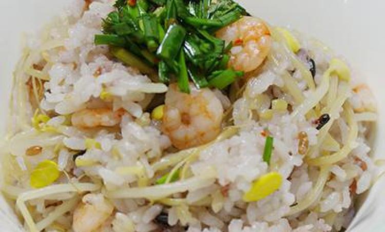 콩나물밥과 부추 양념장