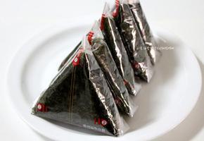한우소고기 볶음고추장 삼각김밥 & 참치,마요네즈 삼각김밥