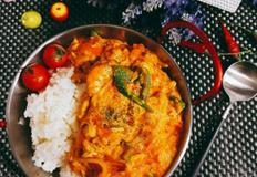 카레 라이스 만들기 / 부드러운 코코넛밀크를 넣은 특별한 요리 꿍팟퐁커리