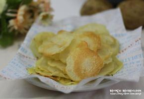 초간단 수미감자칩 고소고소하고 만들기 쉽다.