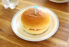 햄버거빵 샐러드 샌드위치
