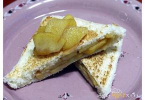 계피향이 솔솔 애플파이 부럽지 않은 사과 토스트