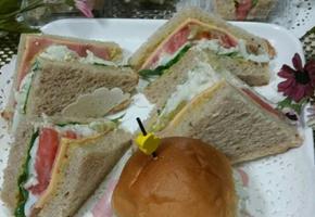 크레미 통밀 샌드위치~^^ 메추리알로 만든 샌드위치 어르신.학생.유치원 아이들의 간식으로도 좋아요♡