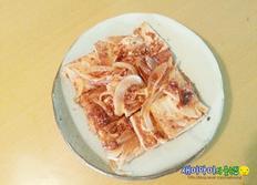 밥상을 넉넉하게 채운 두부양파조림