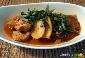 (압력밥솥) 사태김치찜:돼지고기와 묵은지의 윈윈게임(feat.감자)
