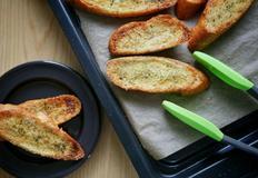 무척이나 쉬운 마늘빵 만들기