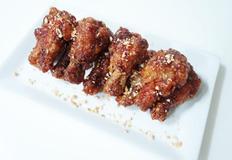 달콤 짭쪼롬 쫀득한 닭봉간장조림~ 교촌치킨 맛나요~