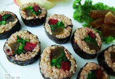 울외장아찌 무침과 단무지대신 장아찌로 만든 김밥