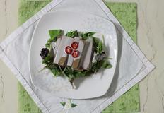 두부 두유소스를 곁들인 묵 샐러드