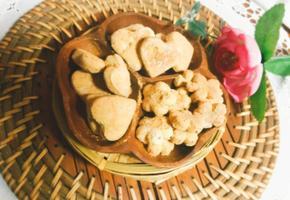 ♤콩가루입은 두부과자. ♤만들기~노 버터 과자 단백질 보충 간식입니다.볶은 콩가루를 뿌린 두부과자예요♡♡
