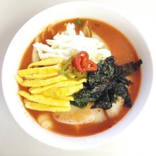 색다른 떡국, 얼큰하고 시원한 김치떡국