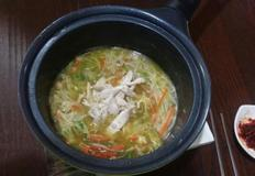 자취생존요리-닭한마리 삶아 1타3피 닭칼국수만들기