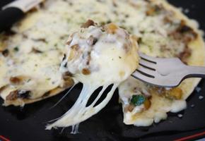 5분 완성 또띠아 불고기 치즈 피자