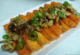 급할때 후다닥 할수있는 감칠맛있는 두부요리...두부고추장조림과 멸치호두조림.