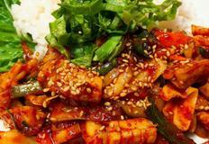 불 오징어볶음 덮밥 / 화끈하게 맛있게 매운맛