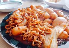 짜장떡볶이 만드는 방법 라볶이 떡볶이세트 (김말이튀김, 오징어튀김) 떡볶이 만들기
