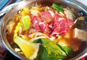 #훠궈 집에서 만들어 먹기!!! #훠궈 홍탕만들기 #나만의 방법으로 만든 홍탕과 훠궈소스!!!