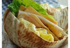 피타빵 햄 에그 샌드위치