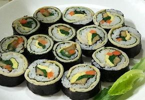 아주 조금 특별한 어묵 김밥~