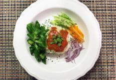 토마토로 맛을 더한 비빔국수 레시피 !