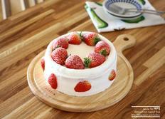딸기 생크림 케이크 , 생일 케이크 만들기