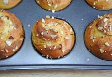 아몬드크림롤(머핀)빵