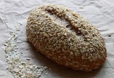 거칠지만 구수한 100% 통밀오트밀 브레드(다이어트 빵)