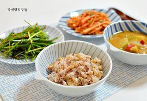 귀리와 수수를 넣은 잡곡밥