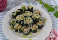 새우튀김말이김밥과 겨자소스