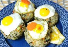 깜찍한 메추리알모자 주먹밥 with 느린바다 김자반